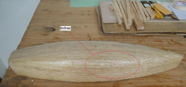 Tuturial - Impermeabilização de Casco de Madeira (nautimodelos ) BolhasCasco