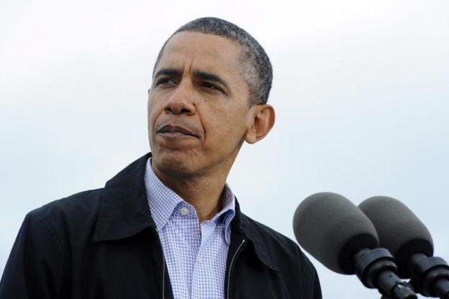 """Obama au sujet des ovnis : """"Si je vous le dis, je devrai vous tuer."""" Et la désinformation continue ! Topelement"""