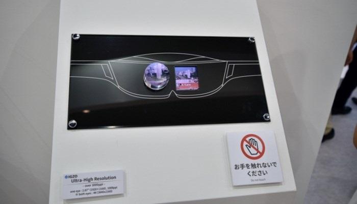 ecrã da sharp para realidade virtual