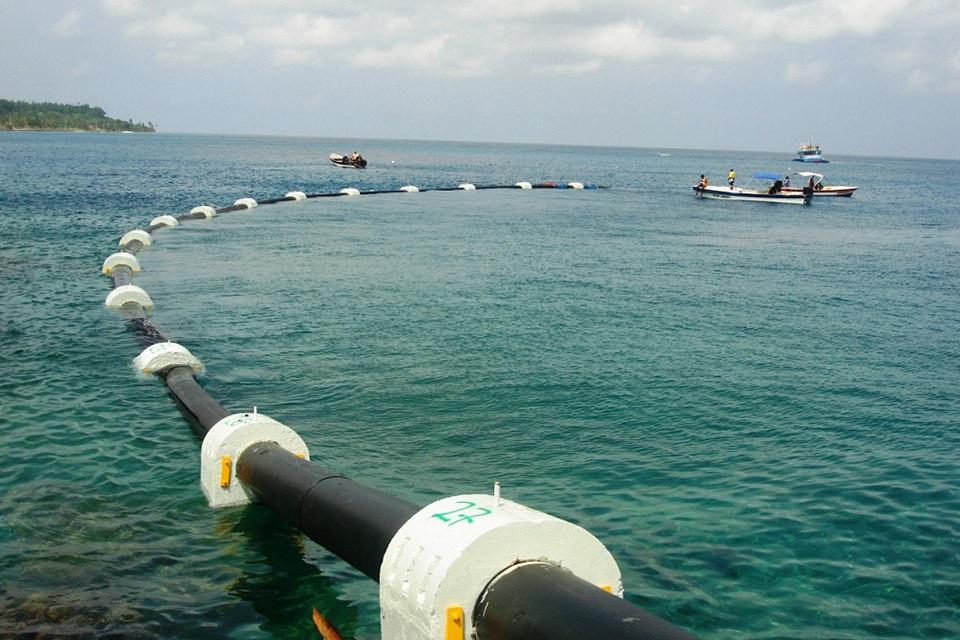 cabo de rede no mar