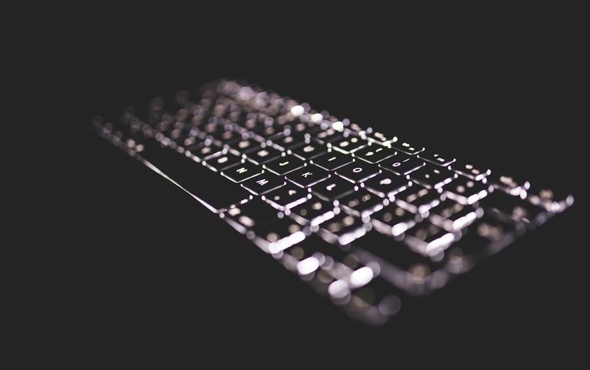 teclado iluminado