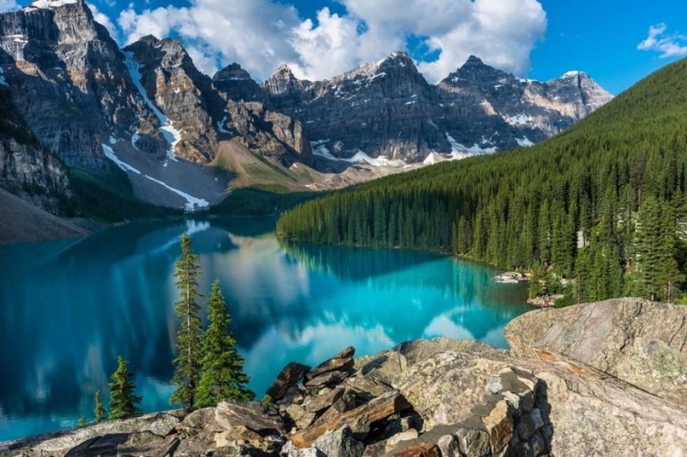 Одмори -Патувања - Page 7 18174410-R3L8T8D-1000-Moraine-Lake-Alberta-Canada-940x626