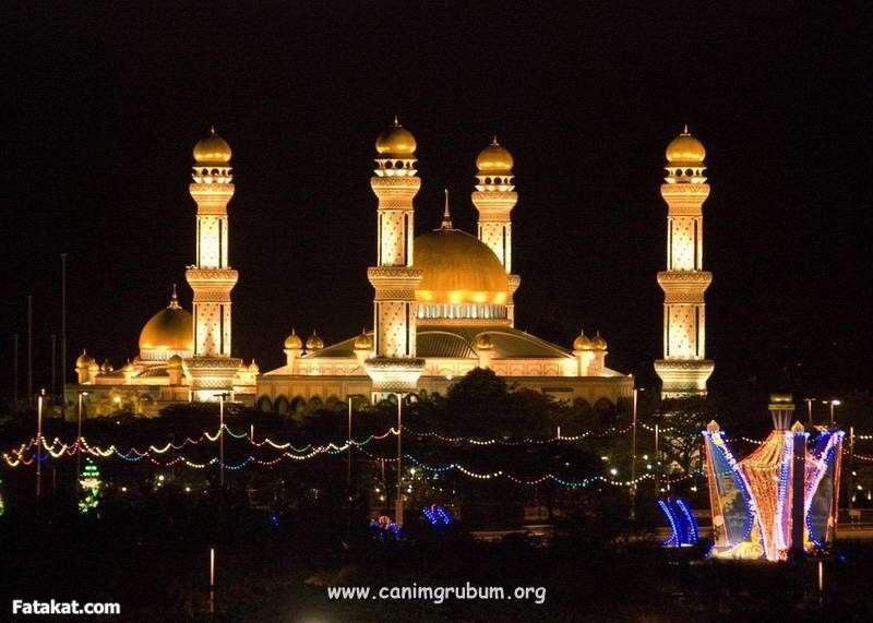 اغرب واروع واشهر تصميم مساجد فى العالم 13149166603786