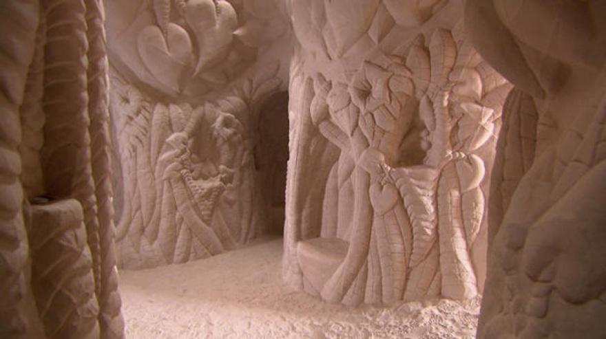 25 лет в полном одиночестве он создавал подземный сказочный мир -ddschddlm-880-1445928468