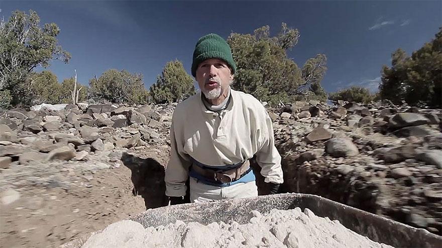 25 лет в полном одиночестве он создавал подземный сказочный мир 3217710-880-1445927546cave-carving-ra-paulette-30