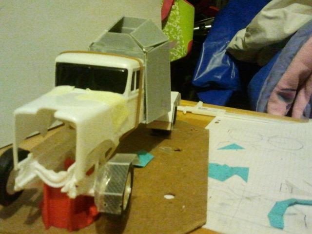 Wolf truck sur base de Diamond Reo AMT au 1/25 - Page 4 Wolf44