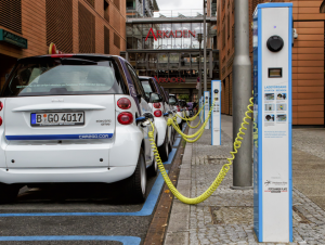 Питер Мейер - Электромобили экологически хуже дизельных двигателей 7/05/2019  EV-worse-than-diesel-300x226