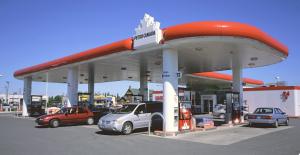 Питер Мейер - Электромобили экологически хуже дизельных двигателей 7/05/2019  Fuel-station-300x155
