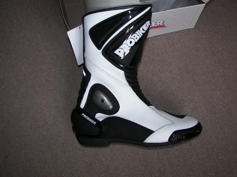 combinaison piste + bottes Probiker001