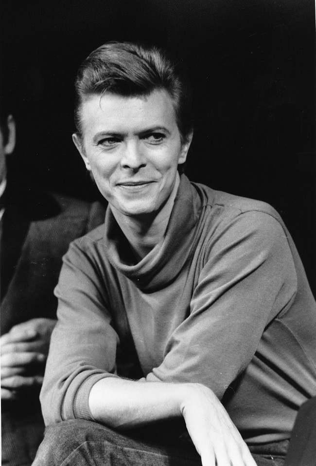 David Bowie - Page 4 PA-8660323