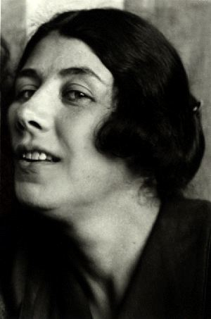 Biografías de Mujeres Socialistas. Popova