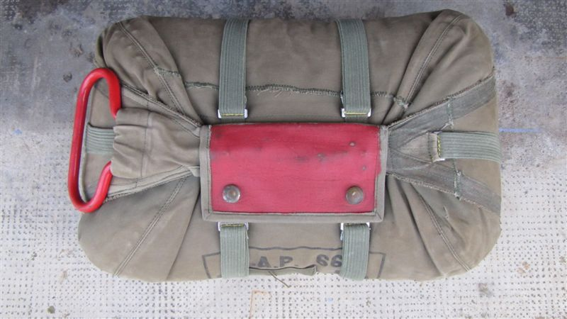 Les parachutes dans l'armée Française depuis 1945 - Orienté Armée de Terre IMG_0845