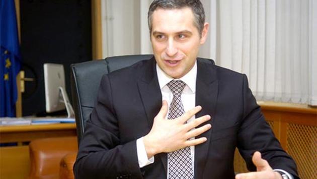 Нечовек!!! Nikola-Todorov