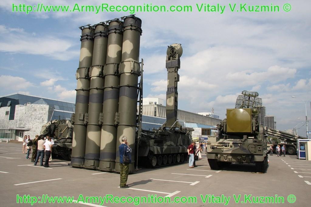 الحقيقية الكاملة عن الصناعات الايرانية 9k81_s-300v_surface_to_air_missile_russia_russian_army_001