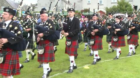 Pouvez vous me faire une image pour ma vidéo 689758364-highland-band-culture-ecossaise-kilt-joueur-de-cornemuse