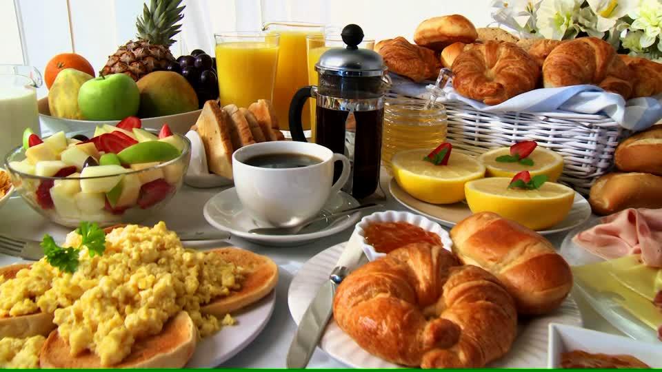 Bon mardi 835540013-mermelada-oferta-desayuno-huevo