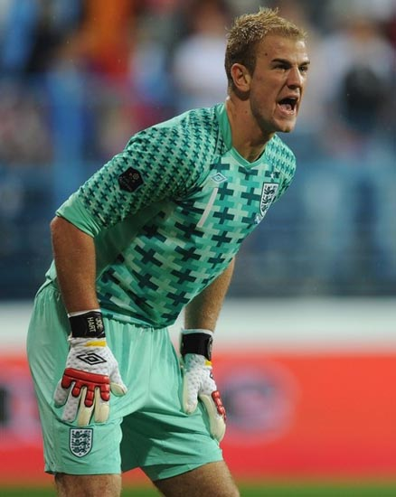 Euro 2012: Polonia-Ucrania - Página 7 England-11-12-UMBRO-away-GK-kit-light-green-light-green-light-green