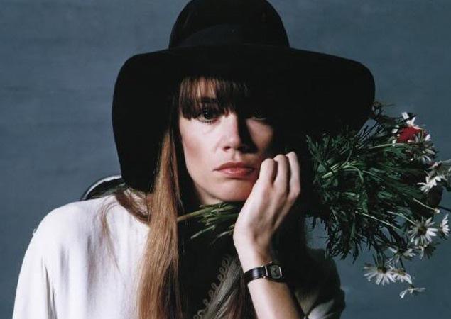Françoise et ses chapeaux Francoise-Hardy-Hat