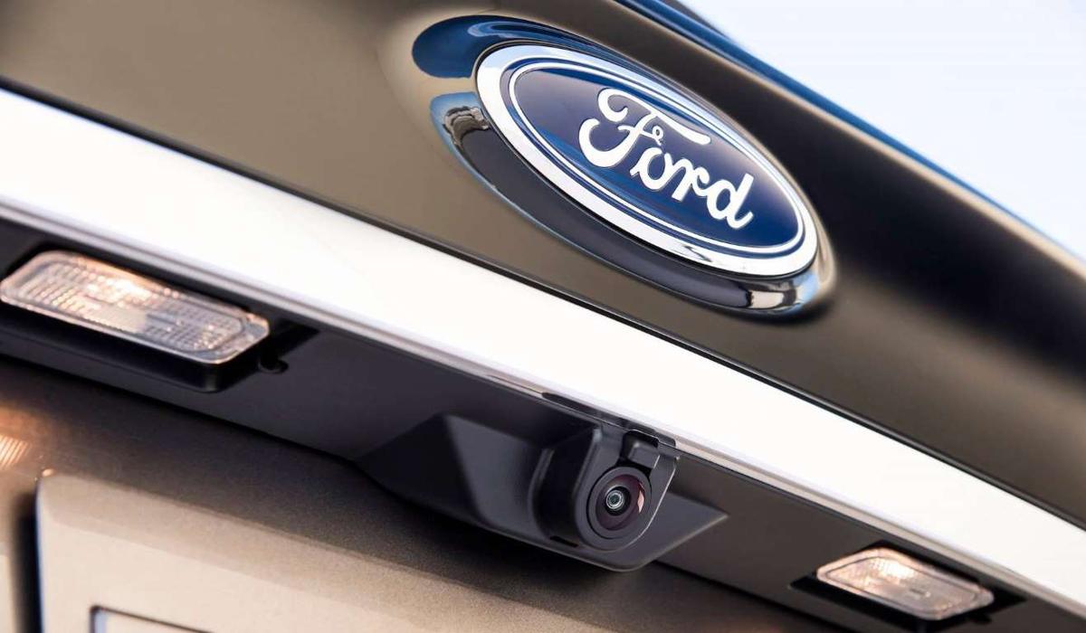 Ford Edge Titanium Elite trình làng Ford-edge-titanium-elite-4
