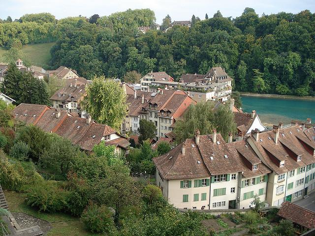 برن عاصمة سويسرا الأداريه Travel_tours_images_1356143291_438