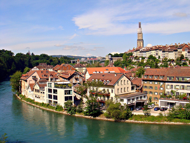 برن عاصمة سويسرا الأداريه Travel_tours_images_1356143294_193