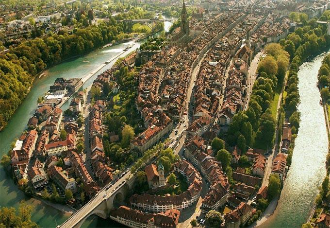 برن عاصمة سويسرا الأداريه Travel_tours_images_1356143302_745