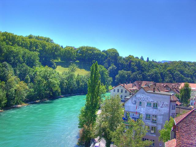 برن عاصمة سويسرا الأداريه Travel_tours_images_1356143304_220