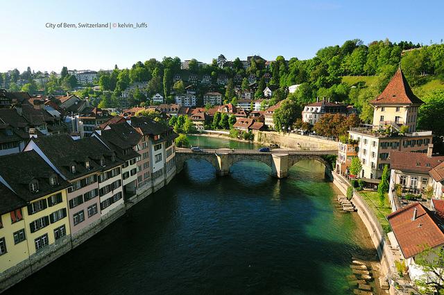برن عاصمة سويسرا الأداريه Travel_tours_images_1356143314_400