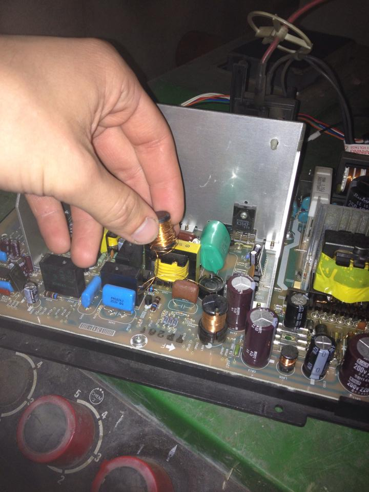 Broken coil on / bobine cassée sur Toshiba true flat Broken_coil1