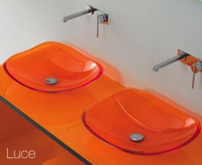 أحواض غريبة و جميلة لديكور الحمام   Hwaml.com_1341779091_841