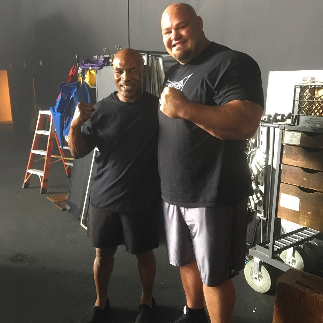 ¿Cuánto mide Mike Tyson? - Altura - Real height 1409939316