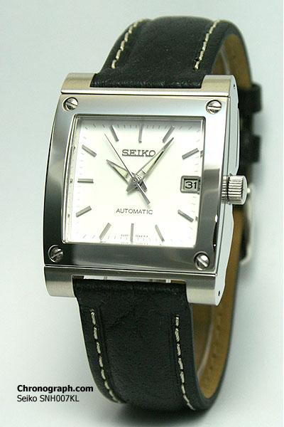 HELP je recherche une montre rectangulaire pour 250€ .... SNH007KL