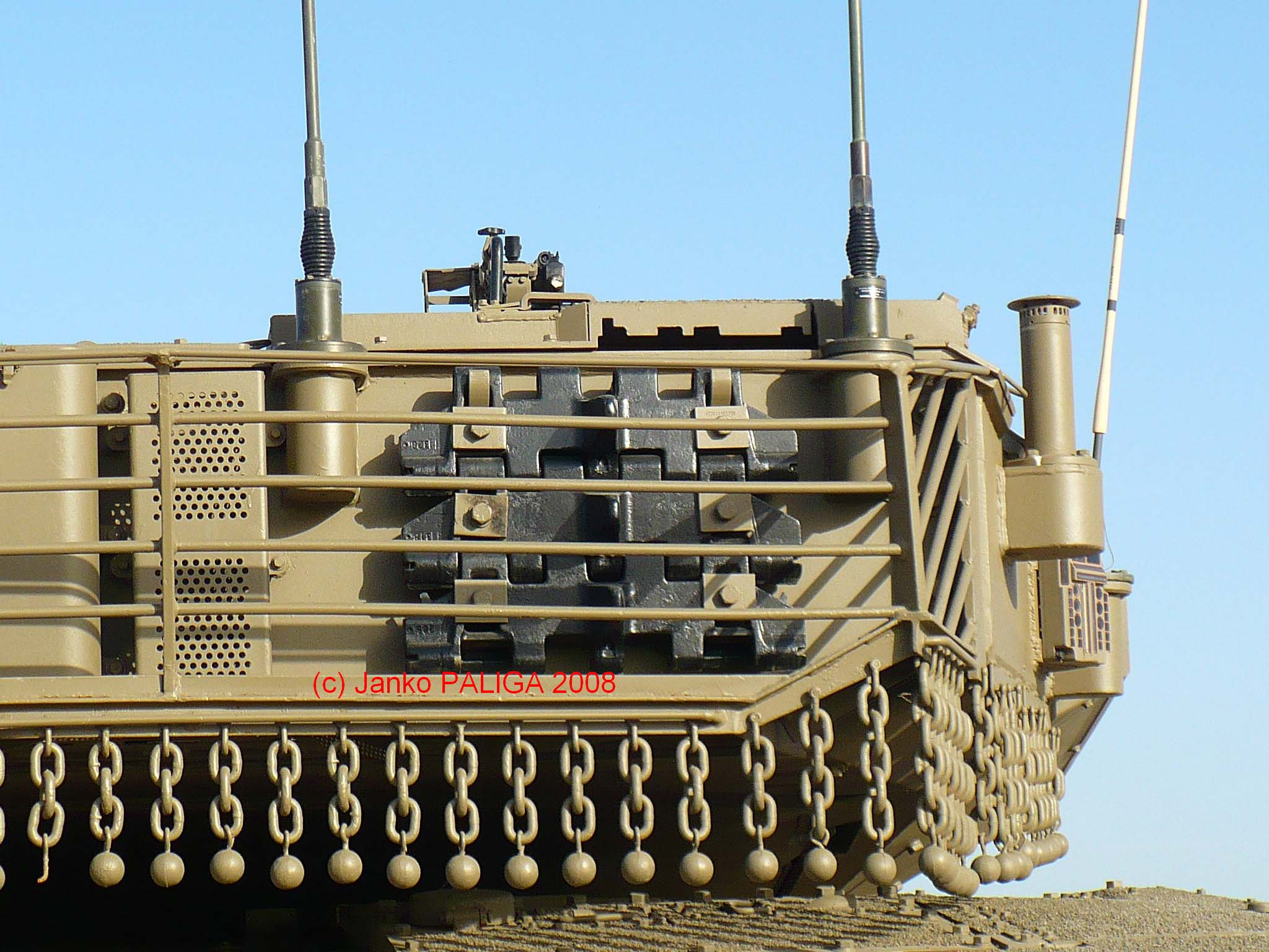 T-90 Main Battle Tank - Page 36 45_Merkava_IV