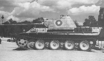 Un Ausf G marqué 2°DB T_pzbr112capturpantherparis1944