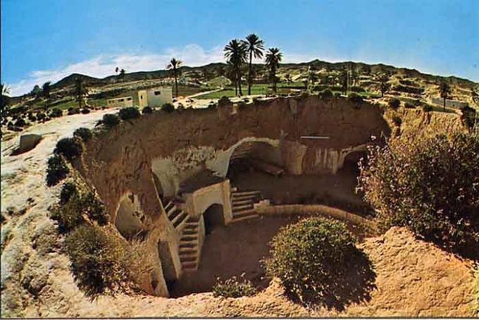 مدينة تونسية تحت الأرض 18ea027f81f07c671b983b5de1611146