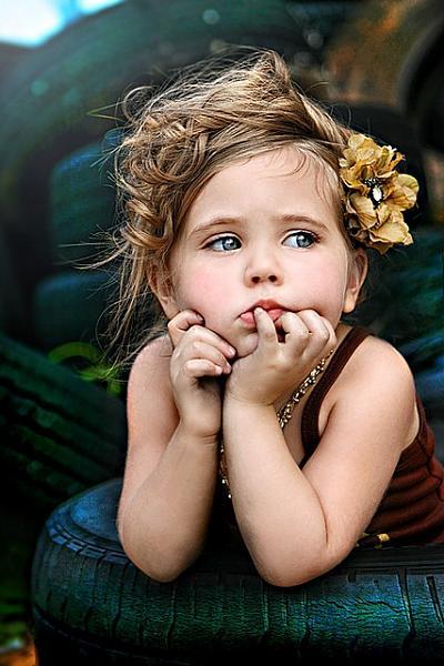 عيد ميلاد سعيد اختي noor ali 5bd5ecb60402366e1feb9eb50672fadc
