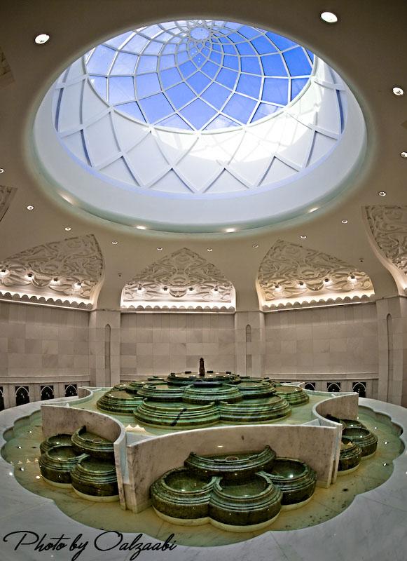 اكبر مسجد بالامارات والثالث عالمياً 7417_01209033987