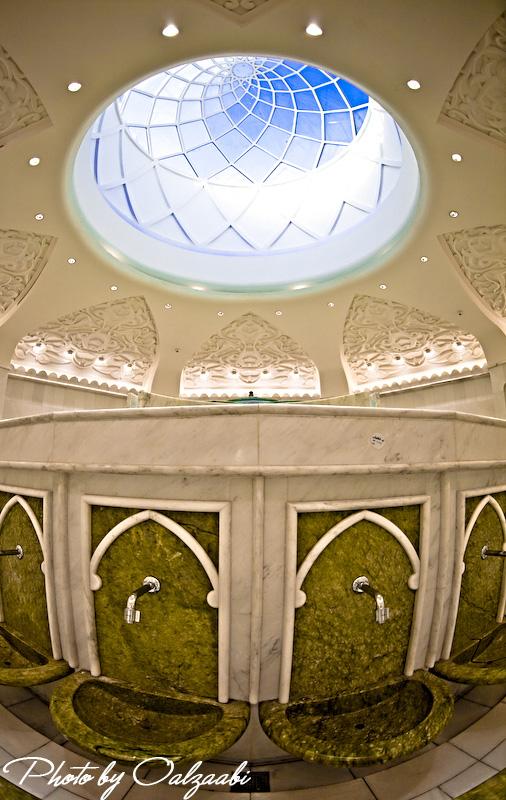 اكبر مسجد بالامارات والثالث عالمياً 7417_11209033987