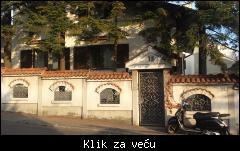 Vila, Zvezdara, 185 m2,na 4 ara placa 1_tmb_480639345_01%20najmanja