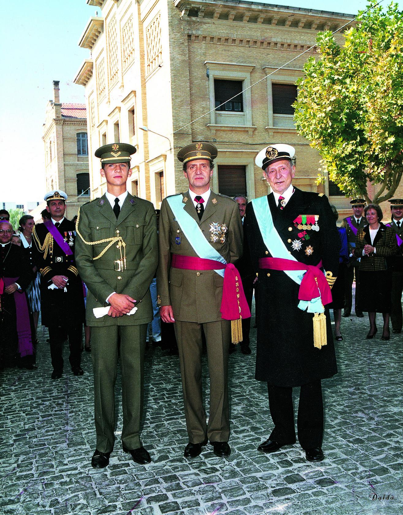 ¿Cuánto mide el Rey Felipe VI? - Altura - Real height 1364686446384