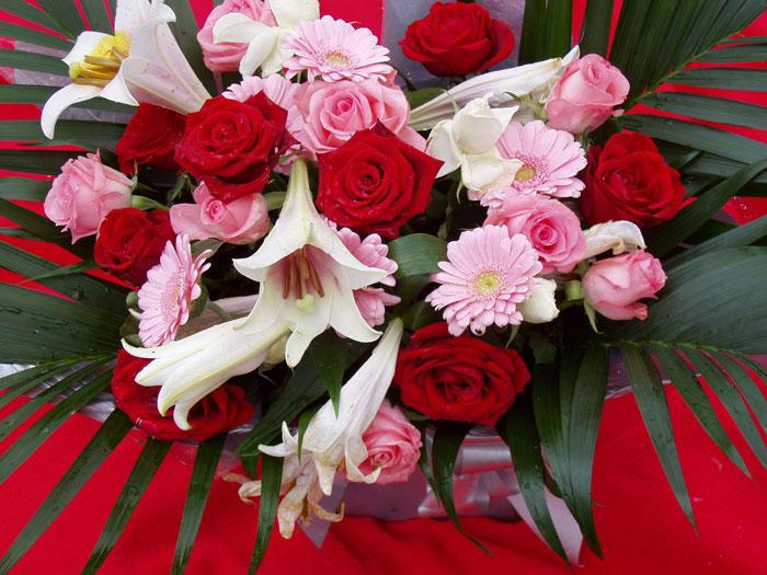 Поздравляю Ольгу Степанову- Ерашову С Днем Рождения! Flowers092