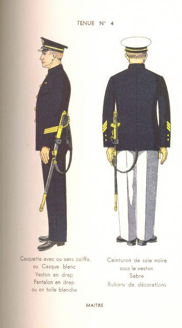 [Les traditions dans la Marine] Le port du sabre - Page 2 04.77