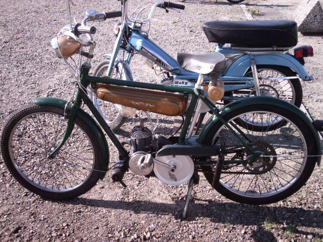les 60 ans de la motobécane à st Quentin 26.196