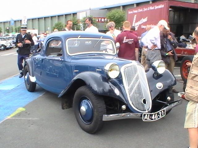 Les 75 ans de la traction avant à Arras 12.104