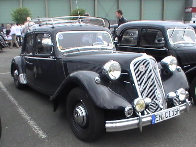Les 75 ans de la traction avant à Arras 12.98