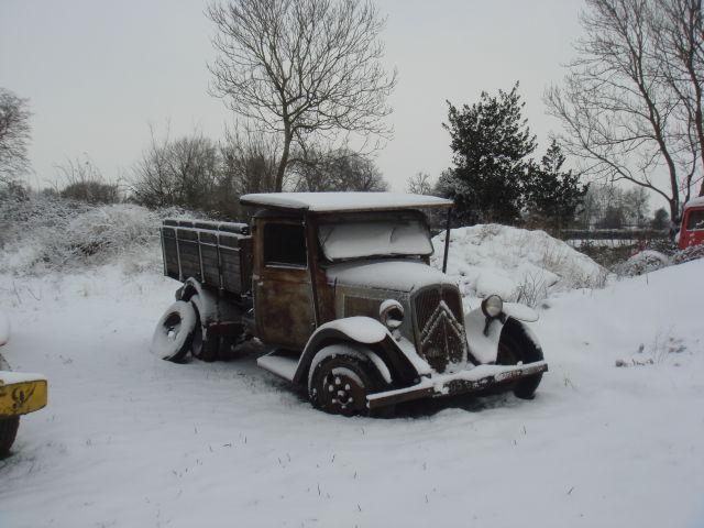 Utilitaire Citroën sous la neige 20.18