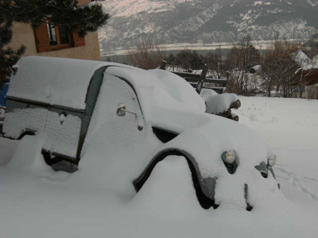 Utilitaire Citroën sous la neige - Page 2 13.195