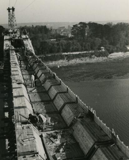 [Vie des ports] BREST Ports et rade - Volume 001 - Page 2 14.194