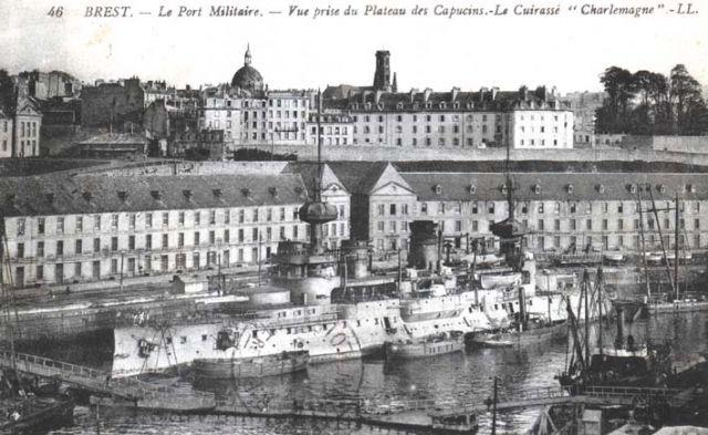 [Ports] LE VIEUX BREST - Page 9 23.121