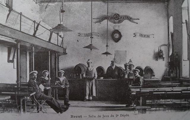 [Ports] LE VIEUX BREST - Page 9 06.253